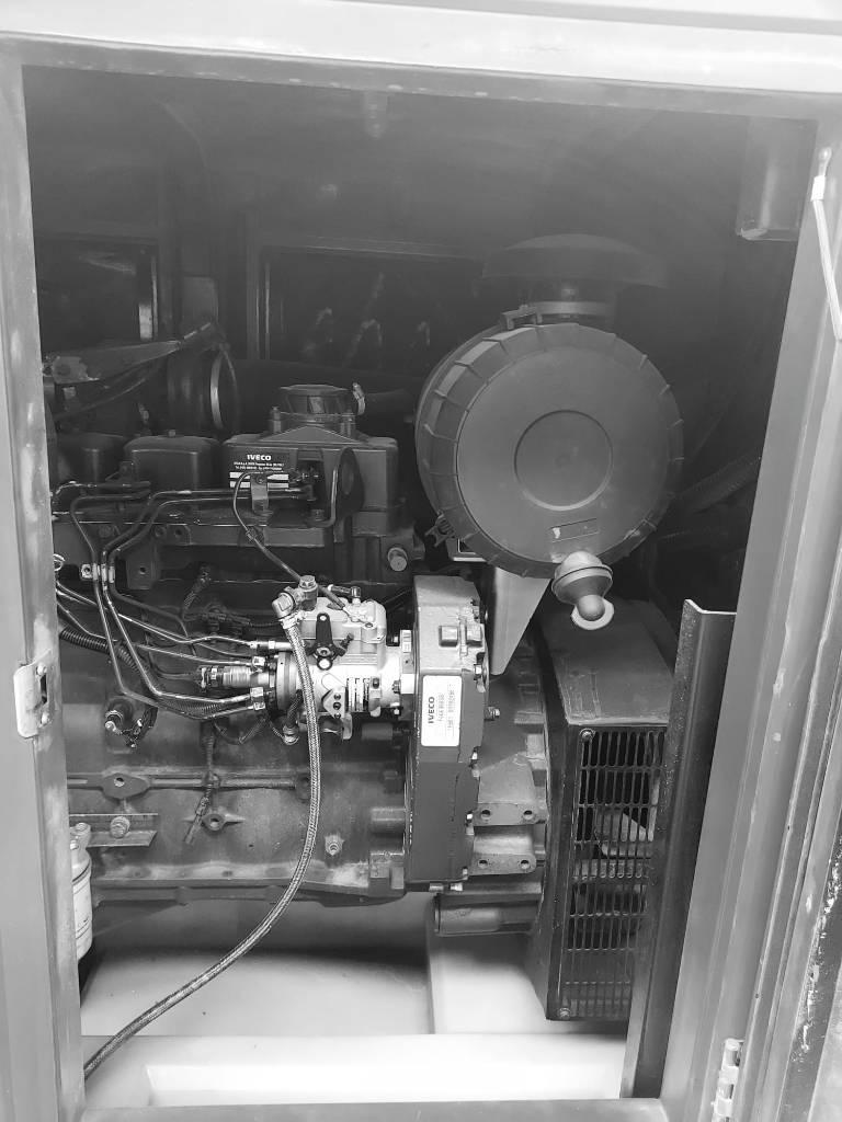 Himoinsa HFW 160, Generadores diesel, Construcción