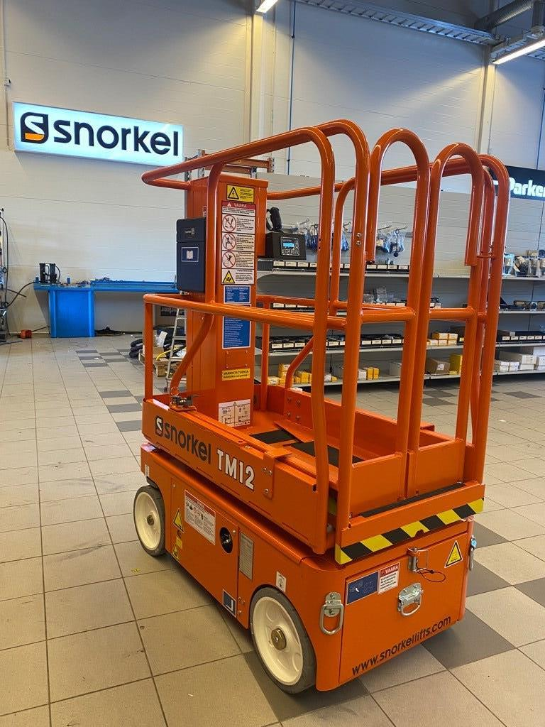 Snorkel TM 12, Saksilavat, Maarakennus