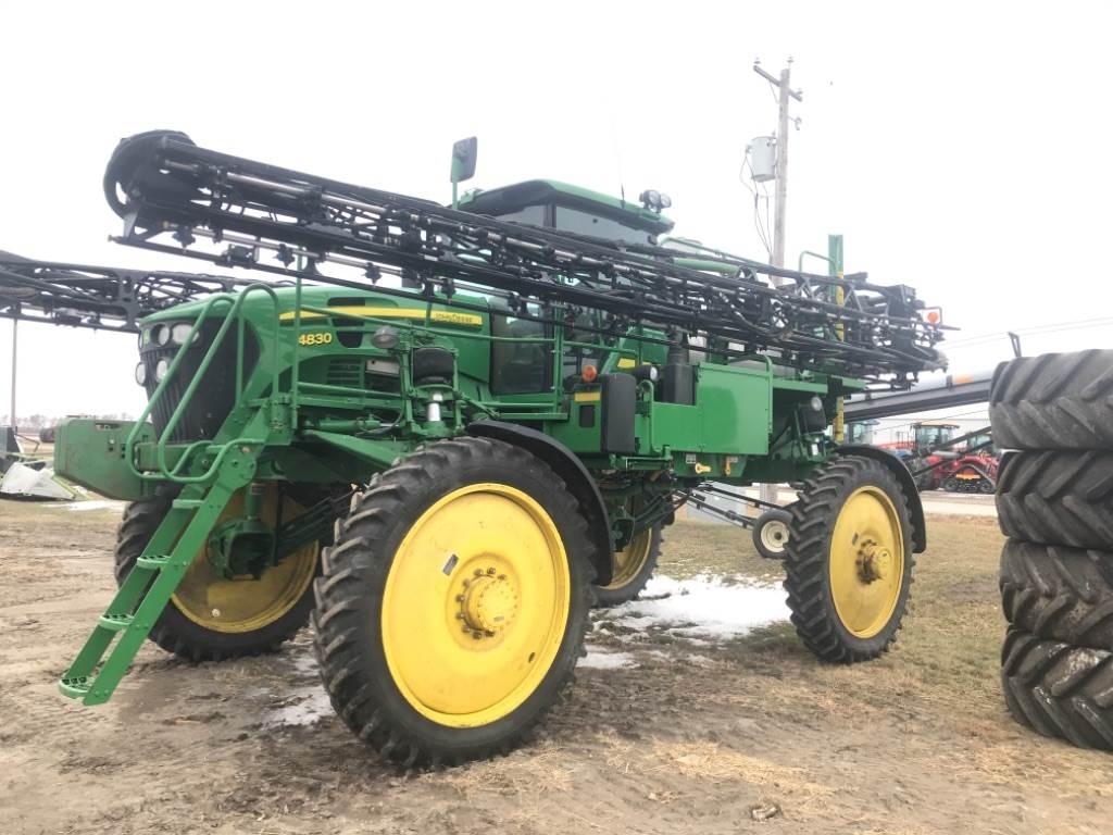 John Deere 4830, Self-propelled sprayers, Agriculture