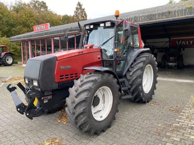 Valtra 8150 HiTech II, Tractoren, Landbouw