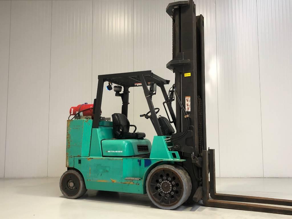 Caterpillar GC70KY-LP-STR, LPG heftrucks, Laden en lossen