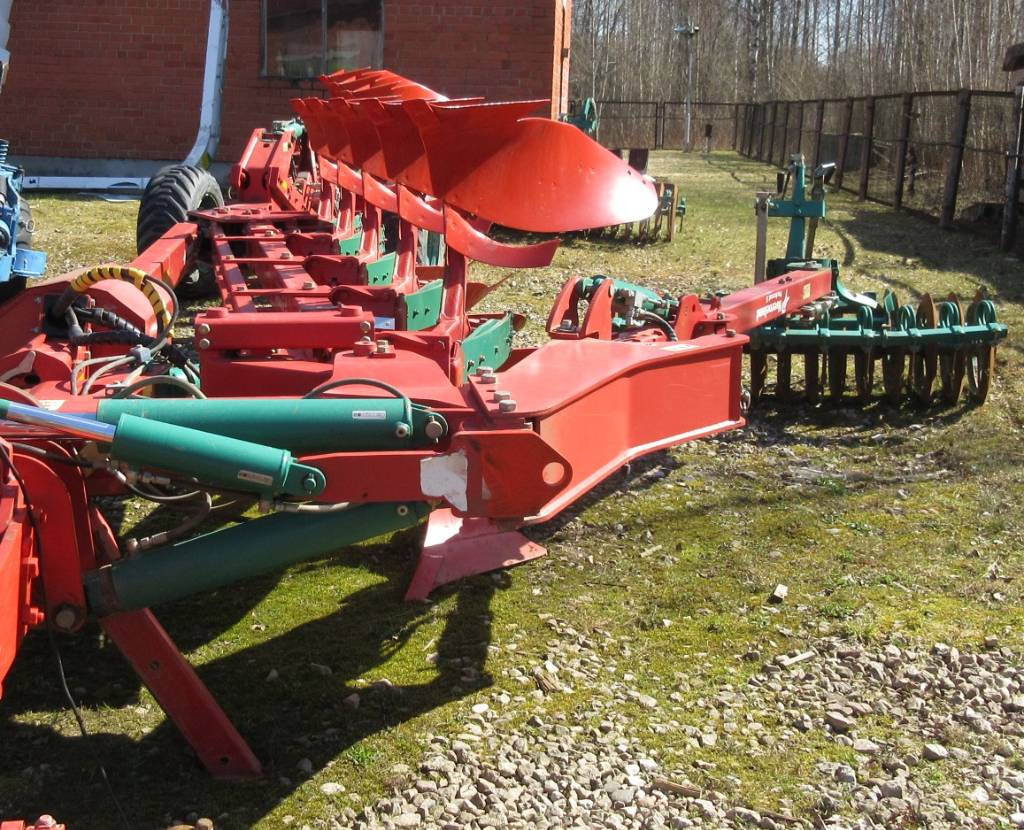 Kverneland PW100, Reversible ploughs, Agriculture