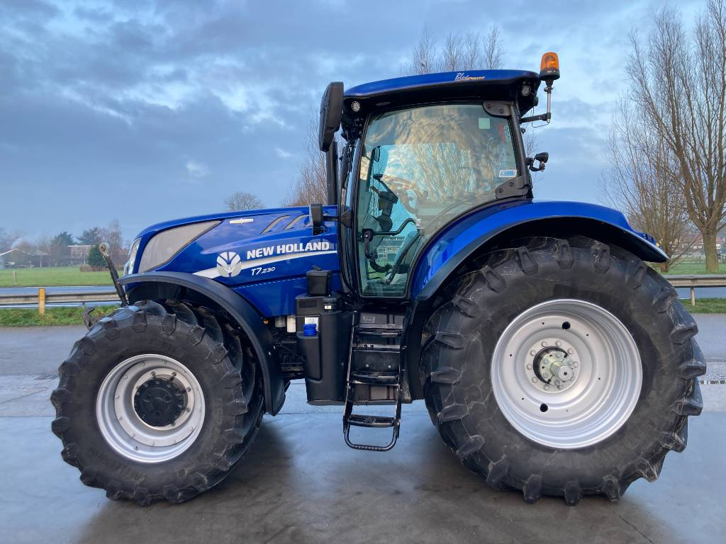 New Holland T7.230 Auto Command, Tractoren, All Used Machines