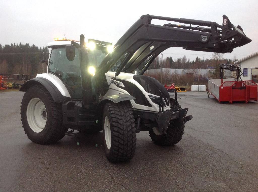 Valtra T154D SmartTouch T4 MR16, Traktorit, Maatalous
