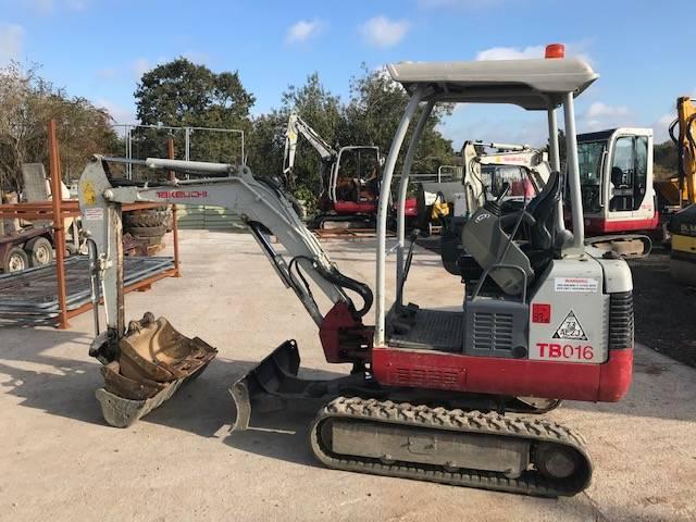 Takeuchi TB016, Mini excavators < 7t (Mini diggers), Construction