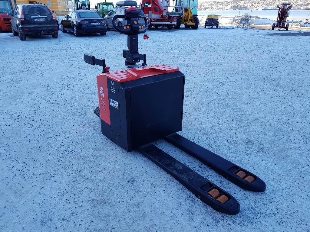 Heli CBD25-460 palletruck m/plattform, Lavtløftende truck med platform, Truck