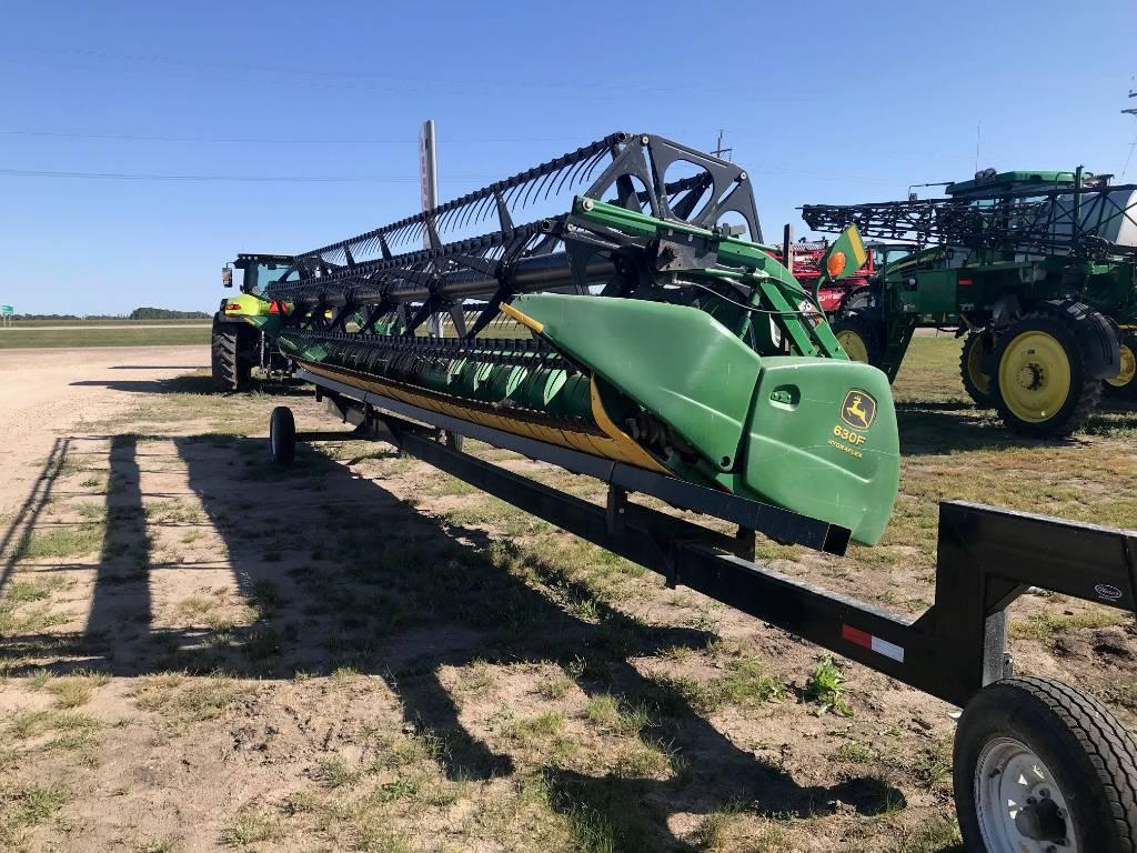 John Deere 630F, Combine headers, Agriculture
