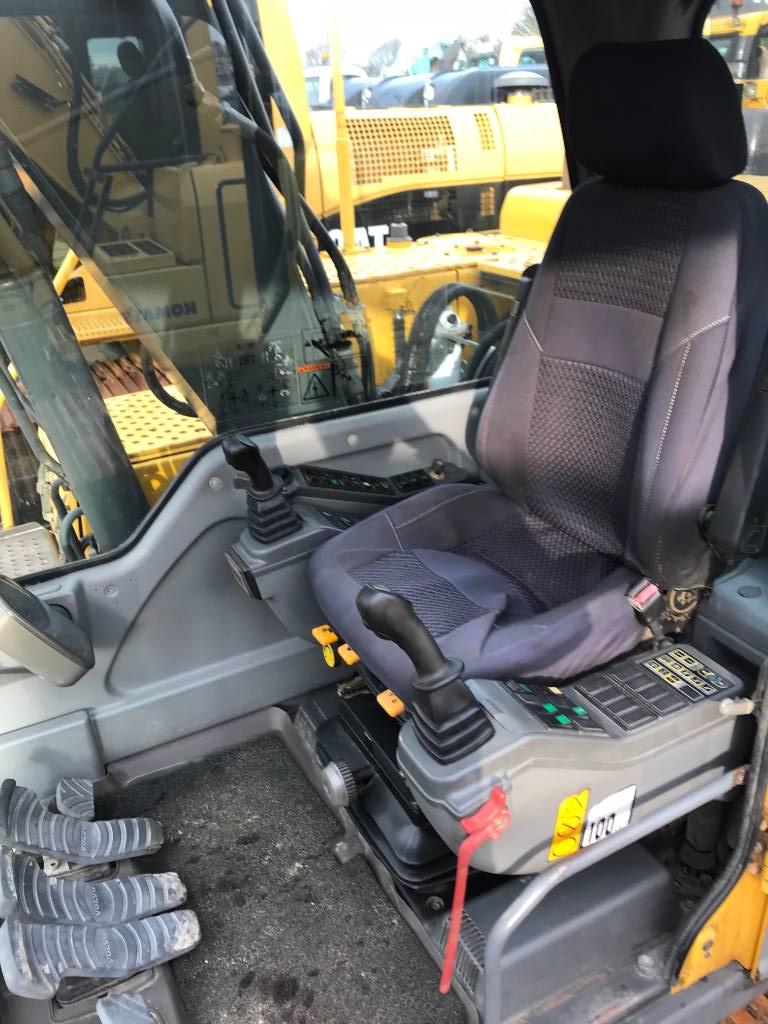 Volvo EC140B, Gravemaskiner på larvebånd, Entreprenør