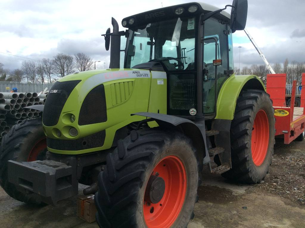 CLAAS ARES 207 Claas ARES 697 ATZ 140HP Tractor