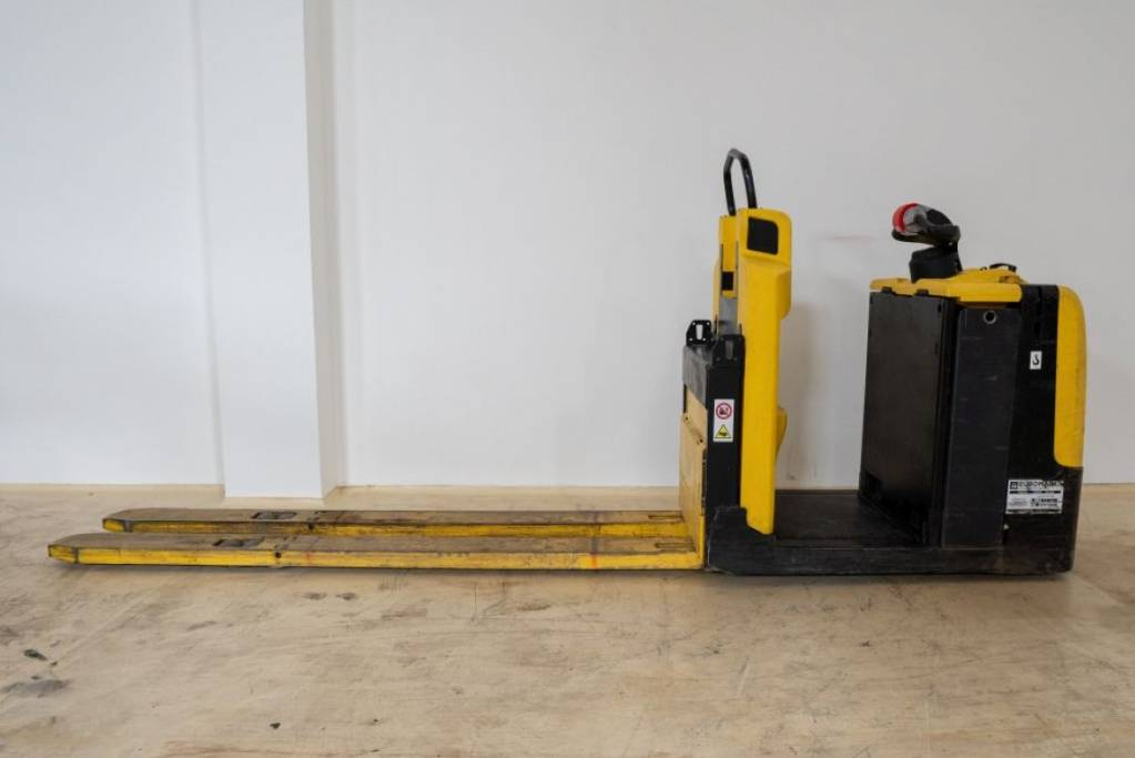 Hyster LO 2.0, Low lift order picker, Material Handling