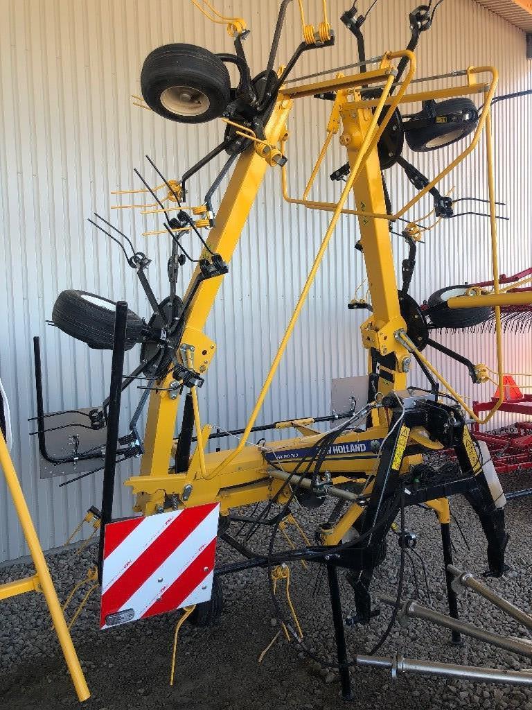 New Holland Proted 760 hövändare, Vändare och luftare, Lantbruk