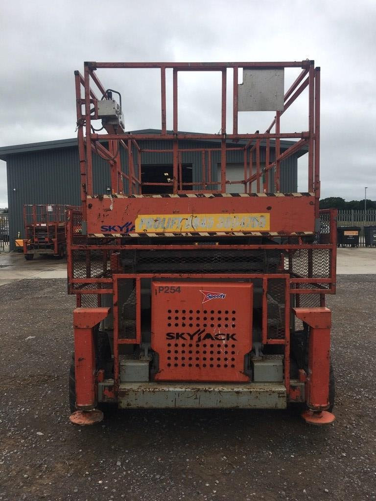 SkyJack SJ 8841 RT, Scissor lifts, Construction