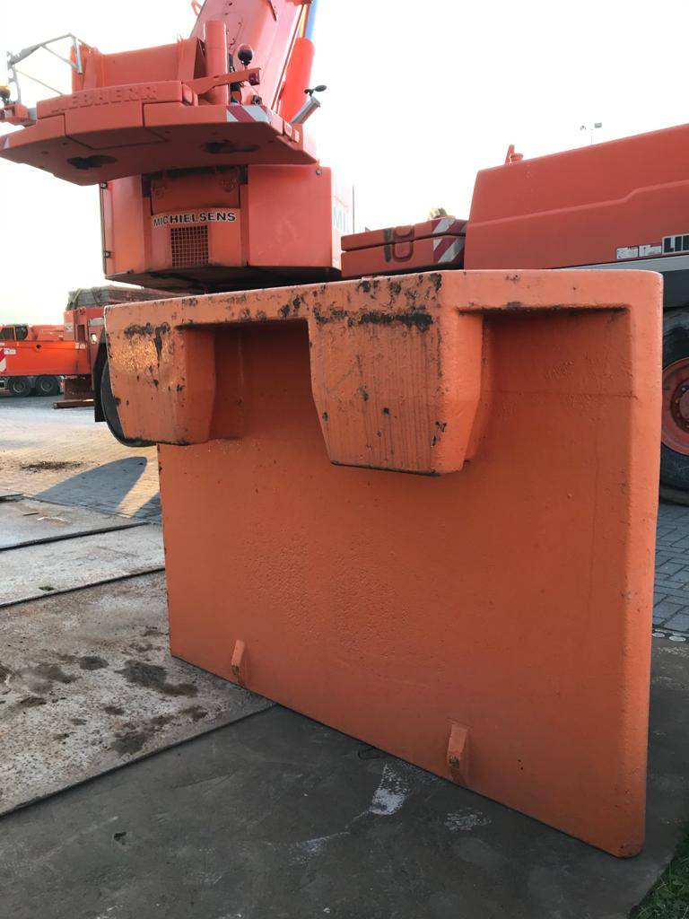 Grove GMK 6200-1(10ton counterweight(2pieces)), Crane parts and equipment, Construction