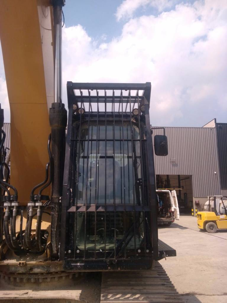 Caterpillar CABIN PROTECTION | CAB PROTECTION 320B|320D| 320F|, Backhoe Loaders, Construction Equipment