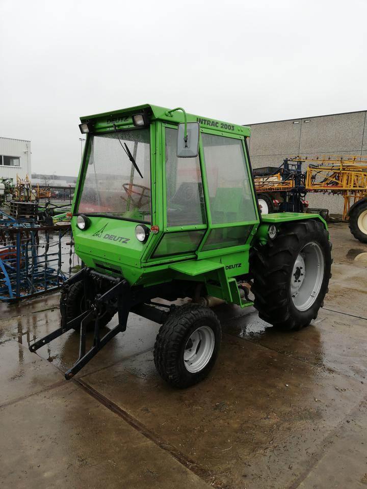 Deutz-Fahr INTRAC 2002, Tractoren, Landbouw