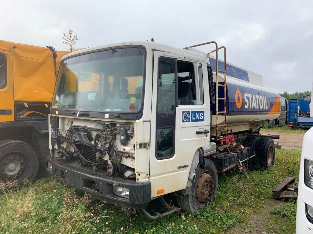 Volvo FL6 4X2 FOR PARTS, Transport chassis and suspension, Trucks and Trailers