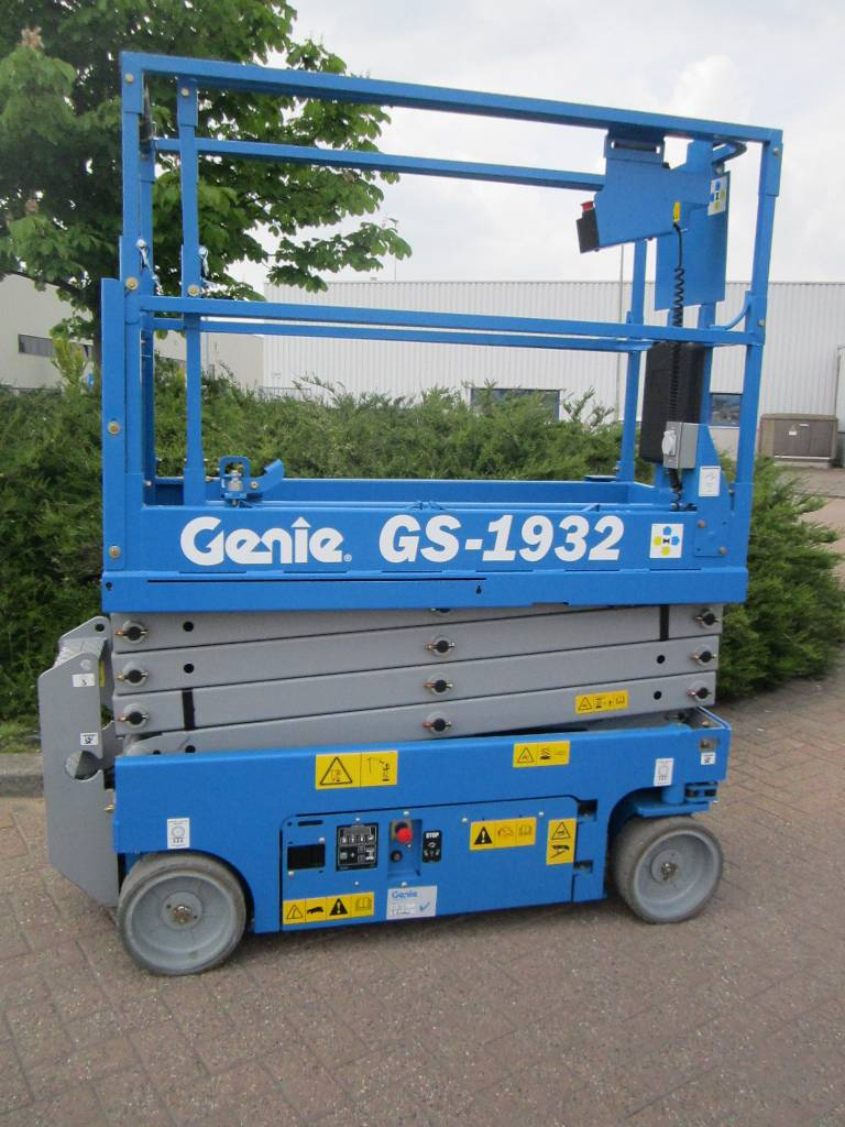 Used Genie Gs1932 Scissor Lifts Year  2016 For Sale