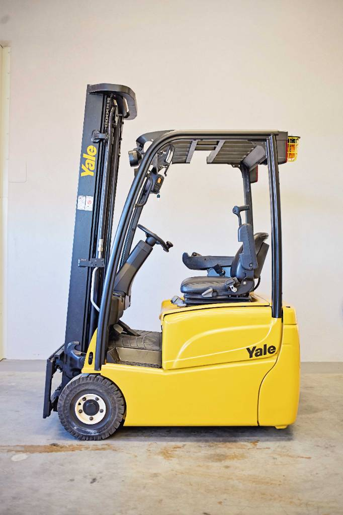 Yale ERP15VT SWB, Electric counterbalance Forklifts, Material Handling