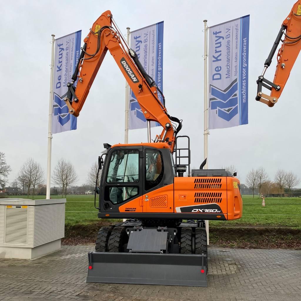 Doosan DX160W-5, Wheeled Excavators, Construction