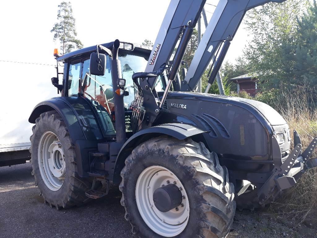 Valtra T213, Traktorit, Maatalous