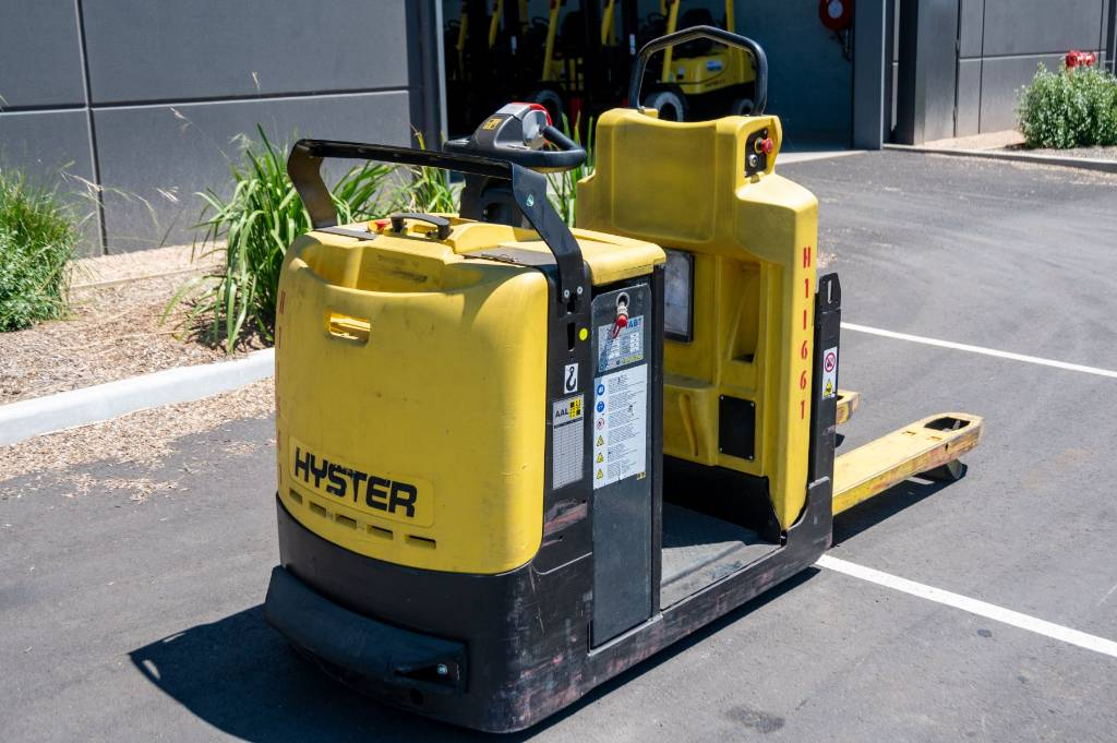 Hyster LO2.0, Low lift order picker, Material Handling