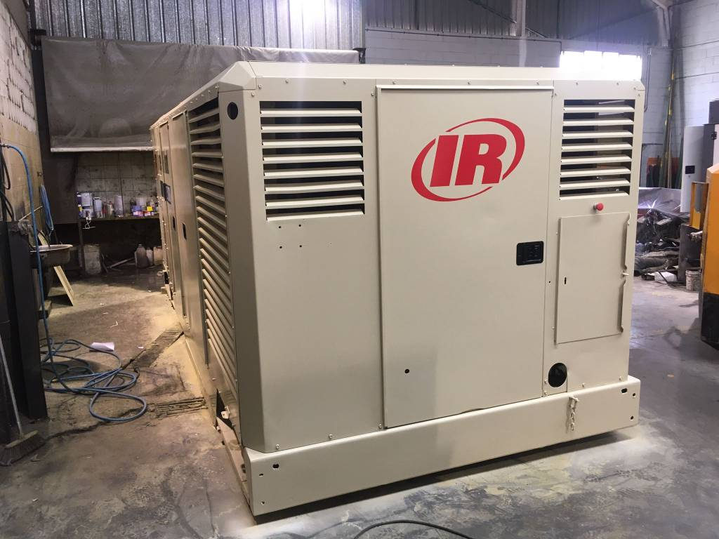Ingersoll Rand 25/330, Compresores, Construcción
