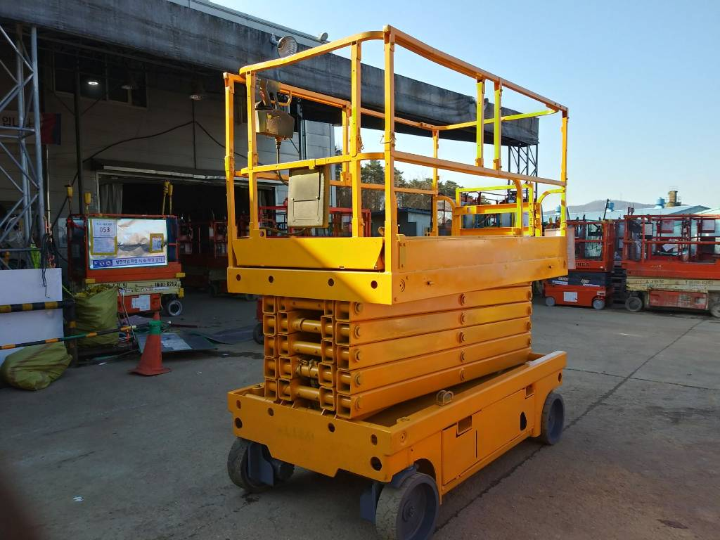 Haulotte Compact 14, Scissor Lifts, Construction Equipment