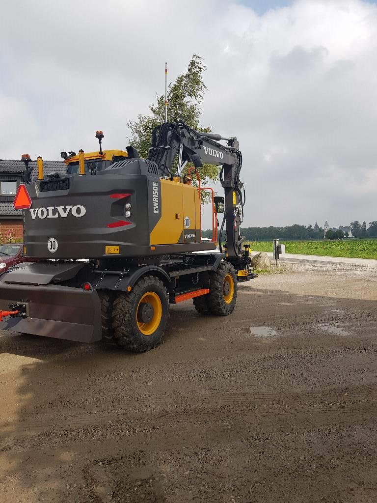 [Other] OMGÅENDE-Volvo EWR 150 E, Uthyres, Hjulgrävare, Entreprenad
