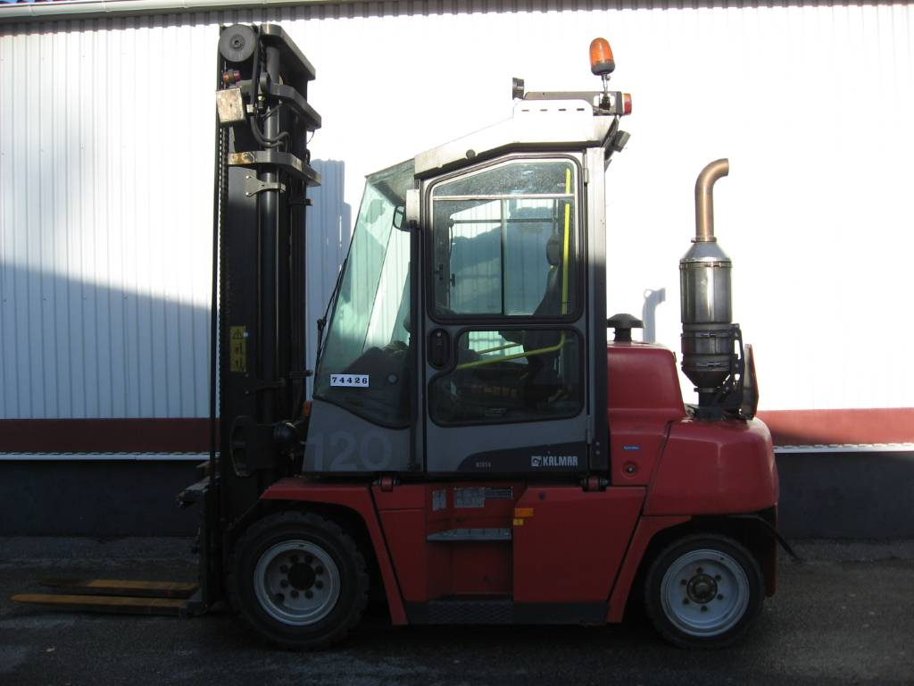 Kalmar DCF55-6H, Dieseltrukit, Materiaalinkäsittely
