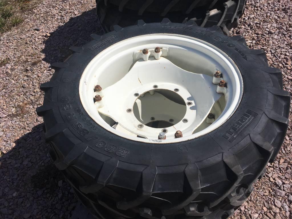 Pirelli Traktorin pyörät 11.2-28, Paripyörät, Maatalous