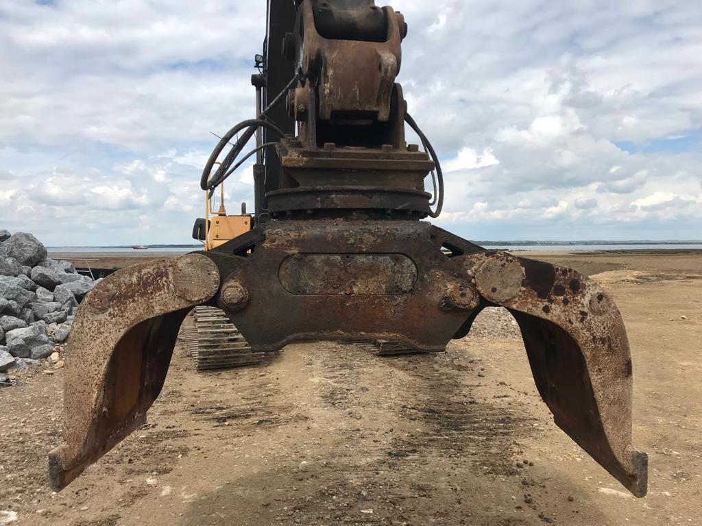 Furukawa FDG 40 PL, Grapples, Construction