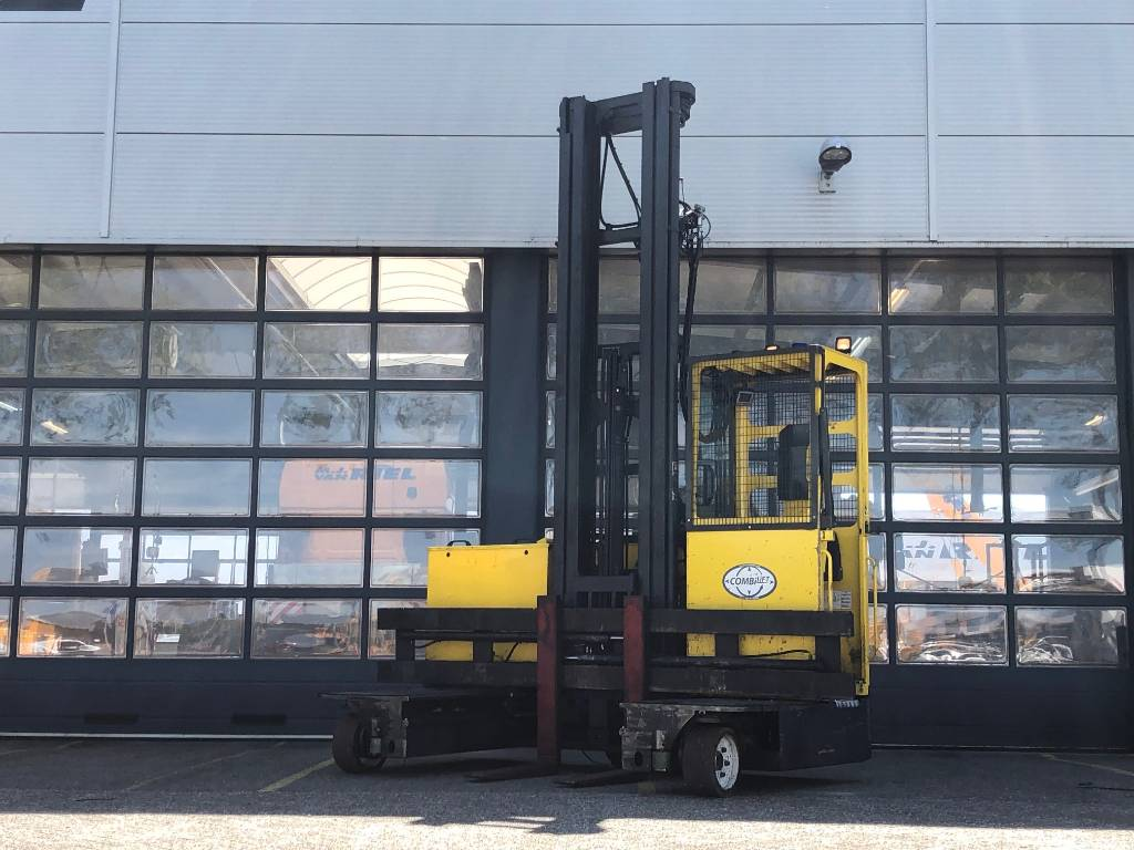 Combilift C4000EST, Four-way truck, Laden en lossen