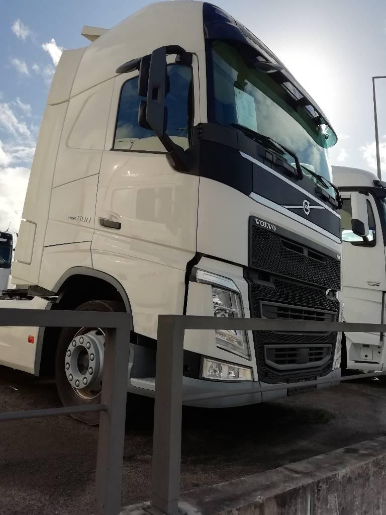 Volvo FH 500, Tractores (camiões), Transporte
