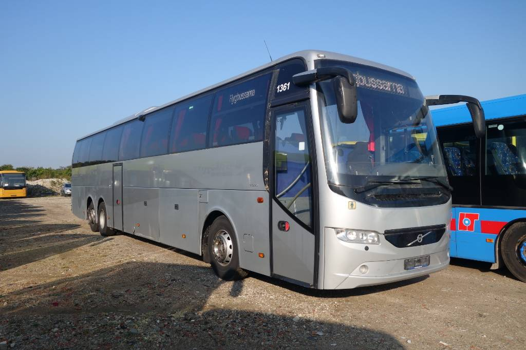 Volvo 9700 H B11R EEV, Coaches, Trucks and Trailers