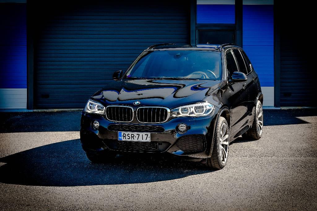 BMW X5 F15 xDrive30d TwinPower Turbo A - M-SPORT, Henkilöautot, Kuljetuskalusto