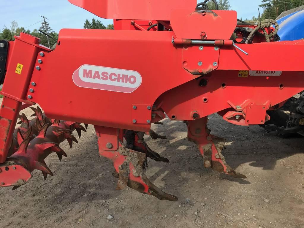 Maschio Artiglio 300, Kultivaatorid, Põllumajandus