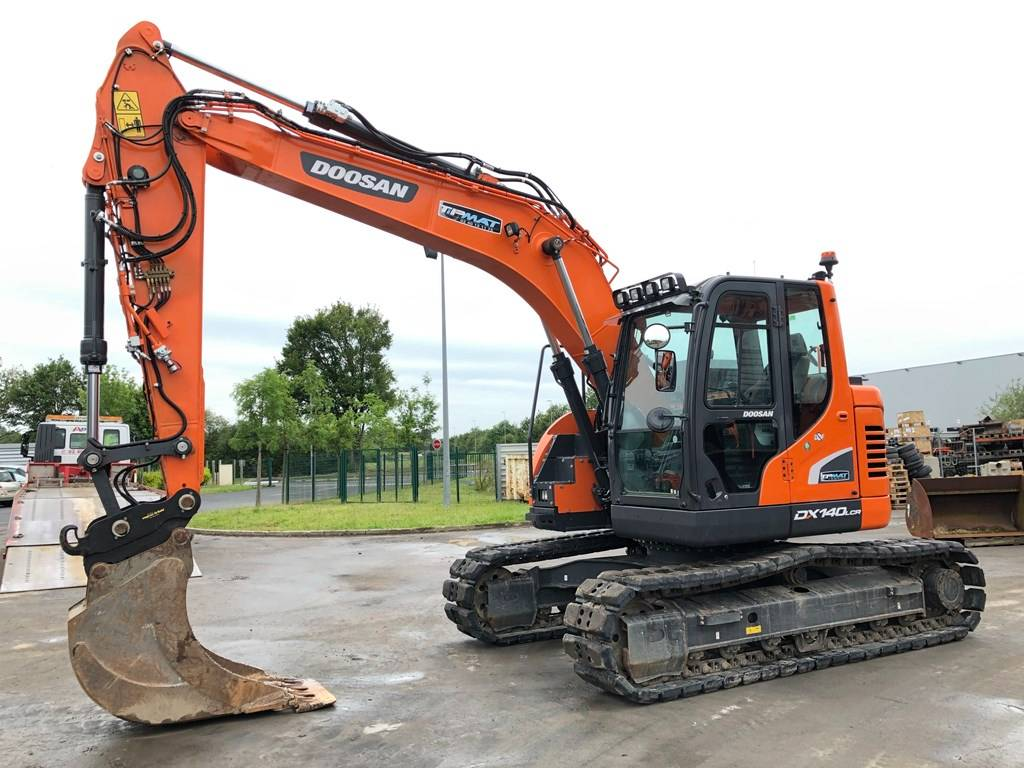 Doosan DX 140 LCR, Crawler Excavators, Construction Equipment