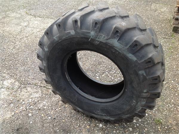 BKT 14.5-20MP570, Banden, wielen en velgen, Landbouw