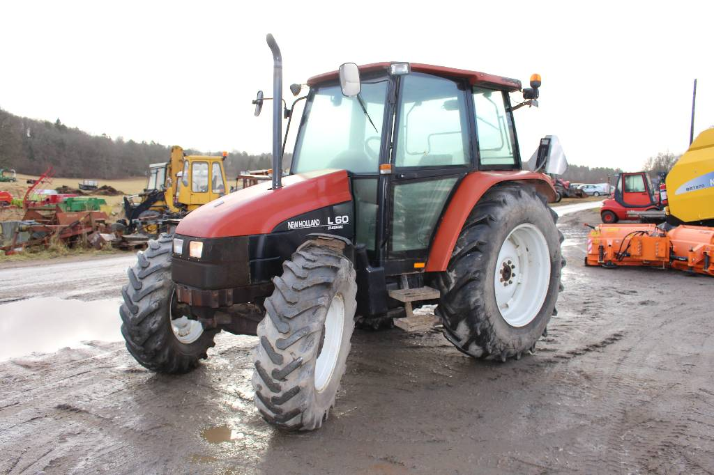 New Holland L60