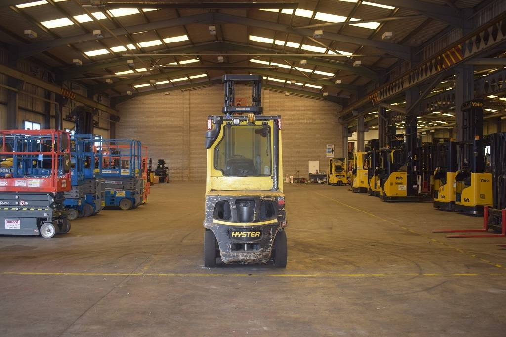 Hyster H 3.00 FT, Diesel counterbalance Forklifts, Material Handling