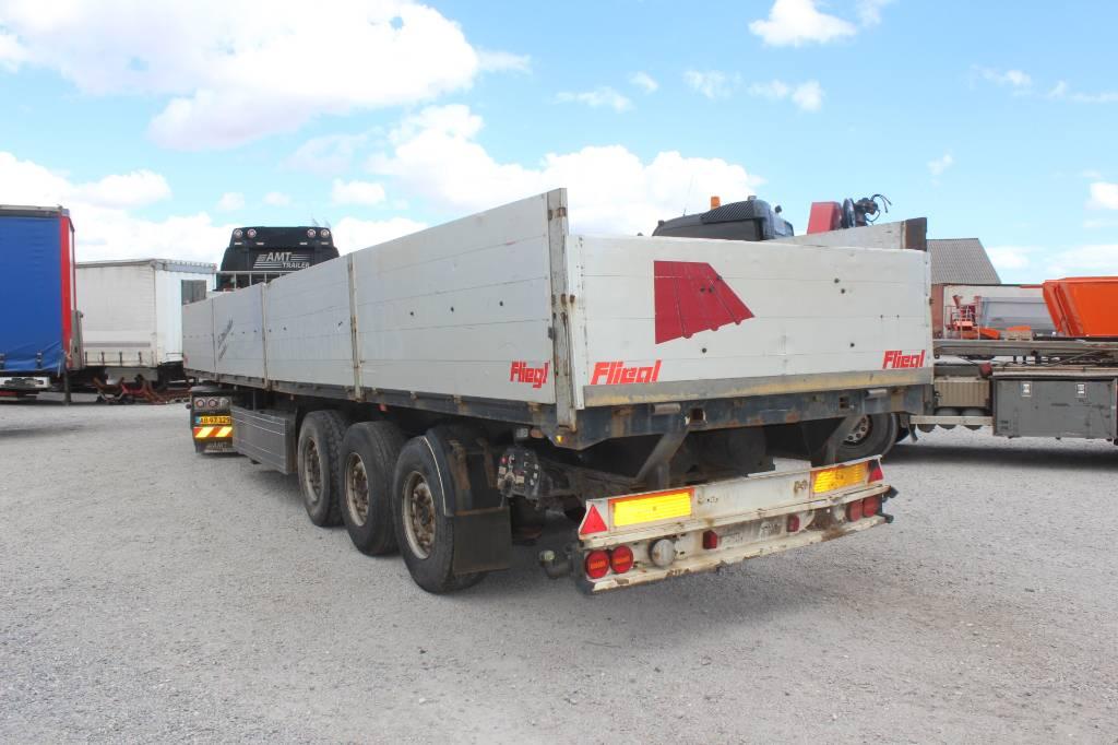 Fliegl 3 akslet åben trailer med sider, Semi-trailer med lad/flatbed, Transport