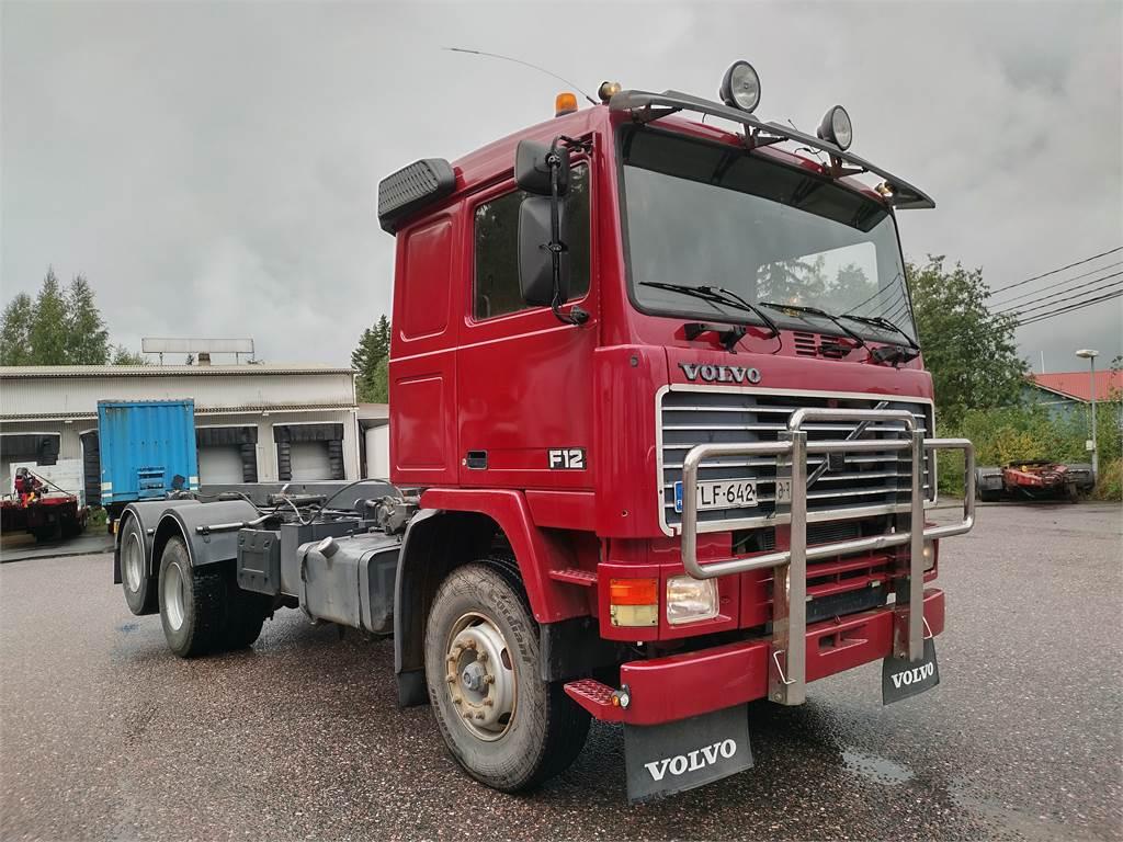 Volvo F12 6x2 vaijerilaite, Vaihtolava-autot, Kuljetuskalusto