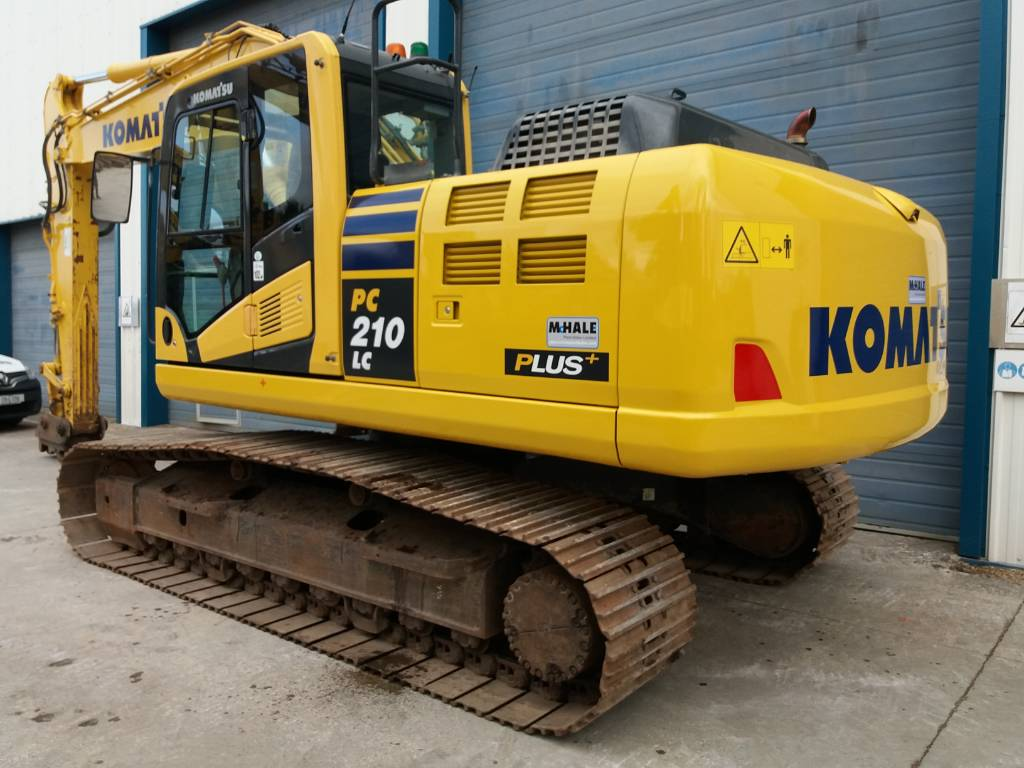 Komatsu PC210LC-10, Crawler Excavators, Construction Equipment