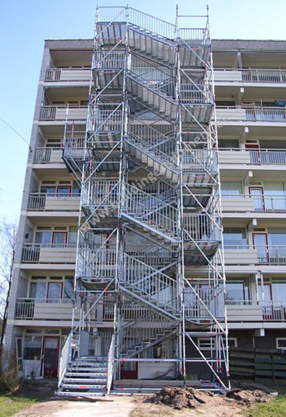 Used Scaffolding For Sale >> Used Layher Allround scaffolding equipment for sale ...