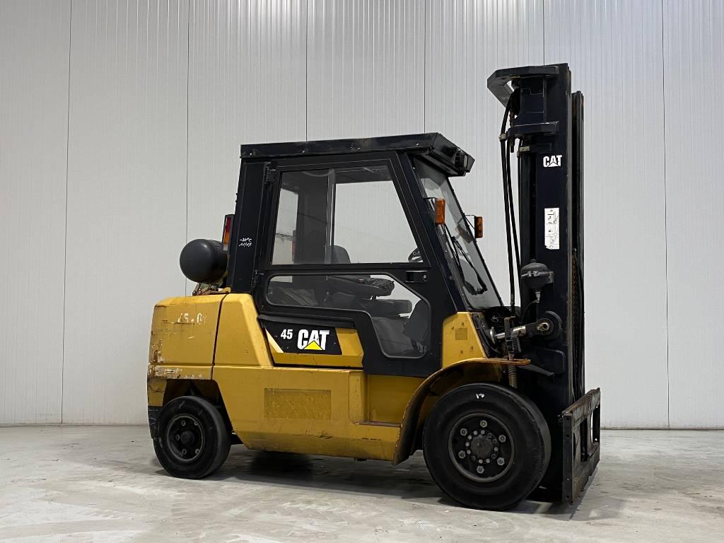 Caterpillar GP45K-2, LPG heftrucks, Laden en lossen