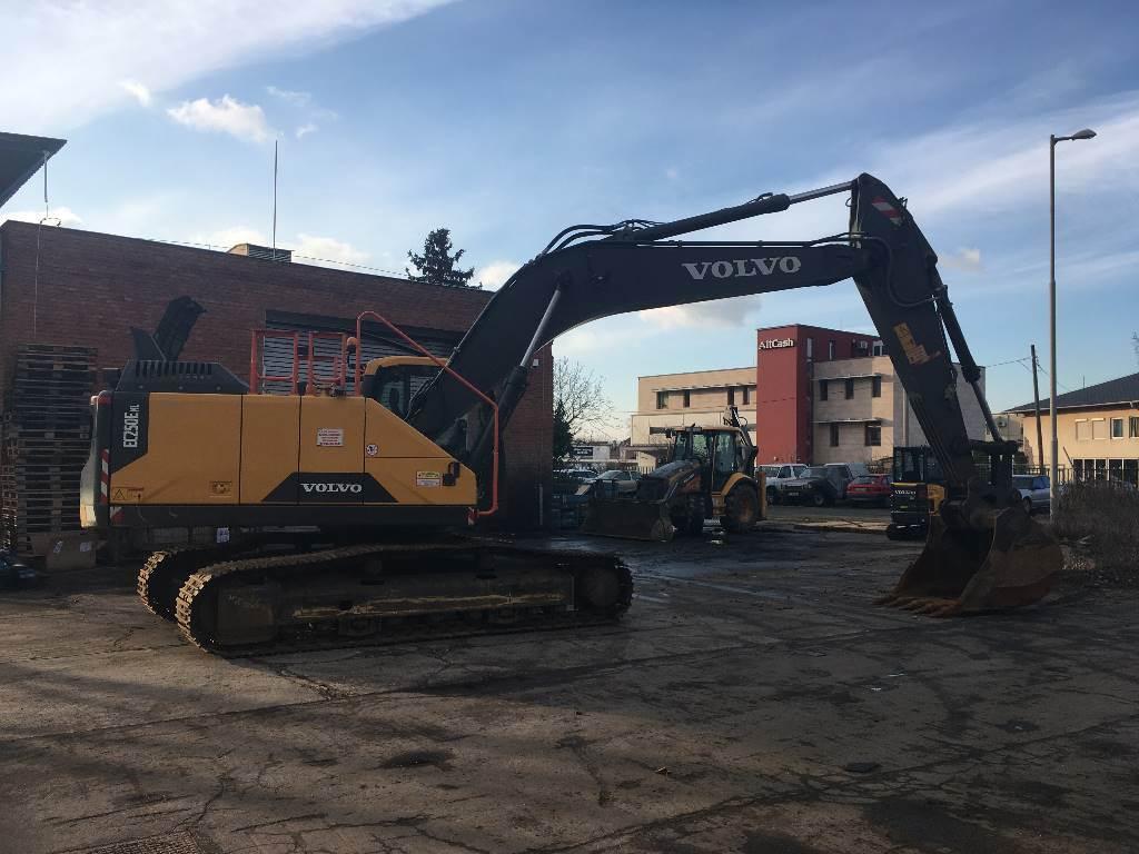 Volvo EC 250 E NL, Crawler Excavators, Construction Equipment