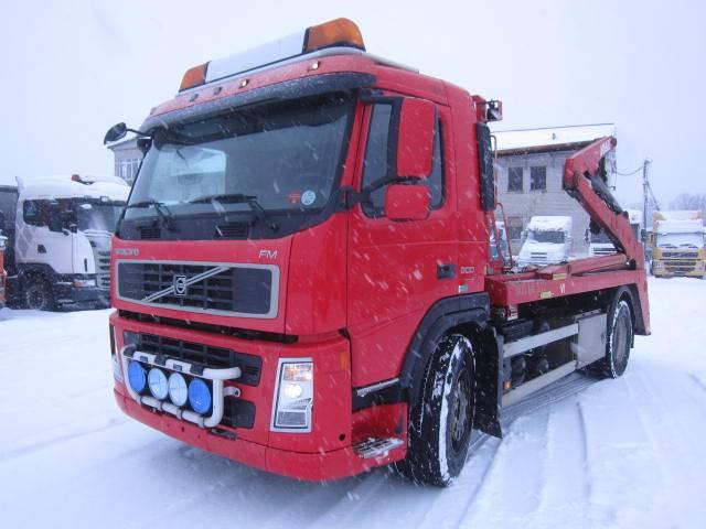 Volvo FM300, Vahetuskastiga tõstukautod, Transport
