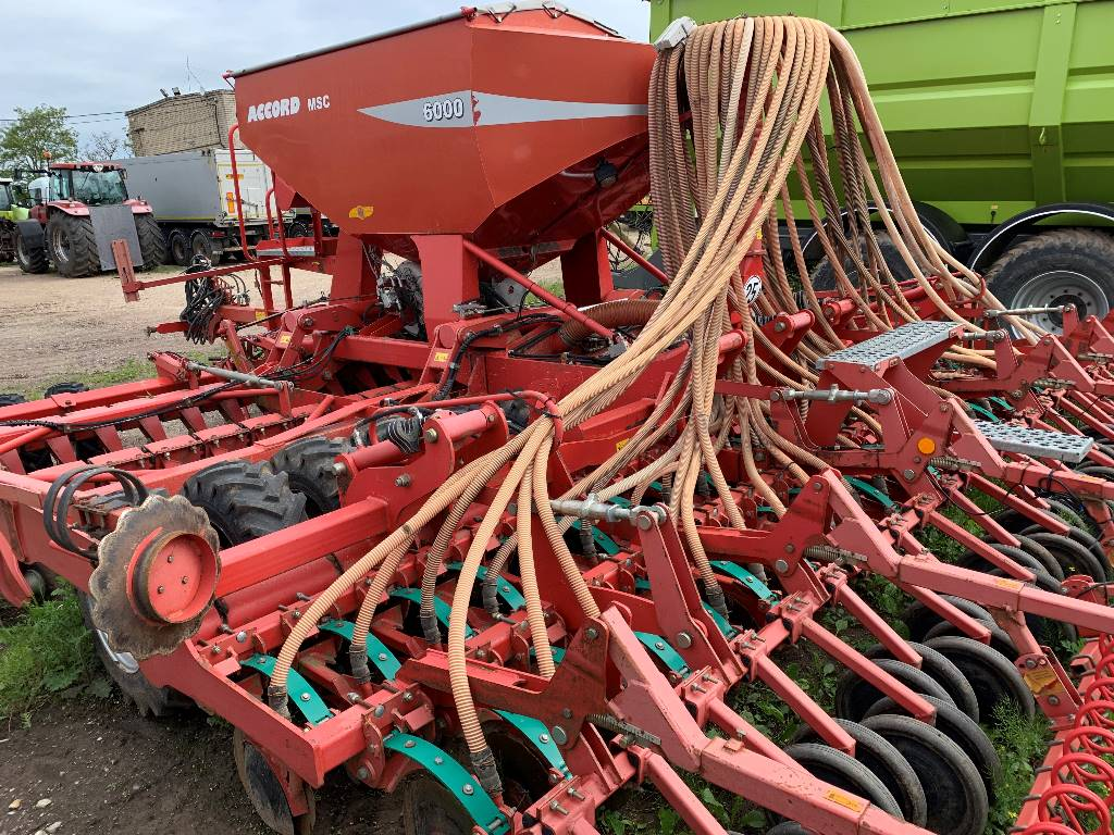 Kverneland Accord MCS 6000, Drills, Agriculture