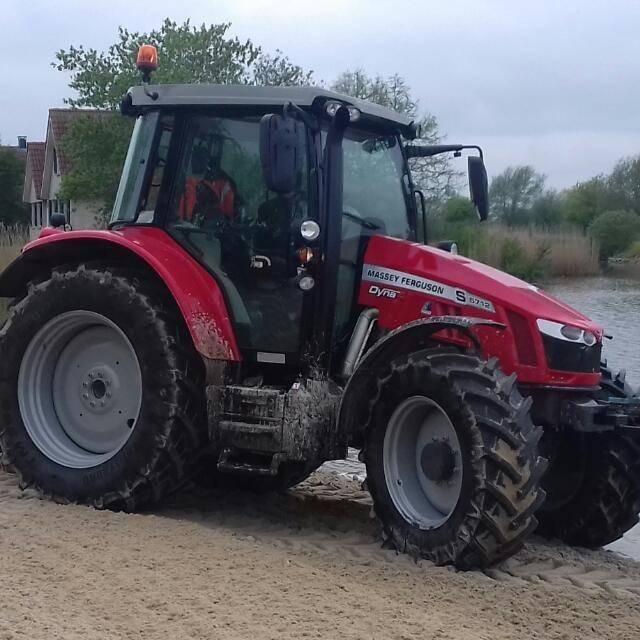 Massey Ferguson 5712S Dyna- 4 Efficiënt, Tractoren, Landbouw