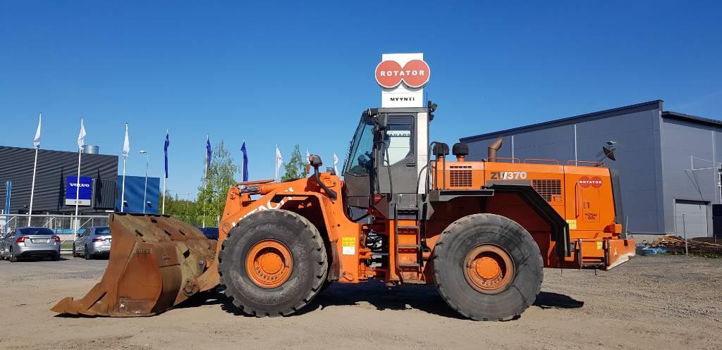 Hitachi ZW 370, Wheel loaders, Construction